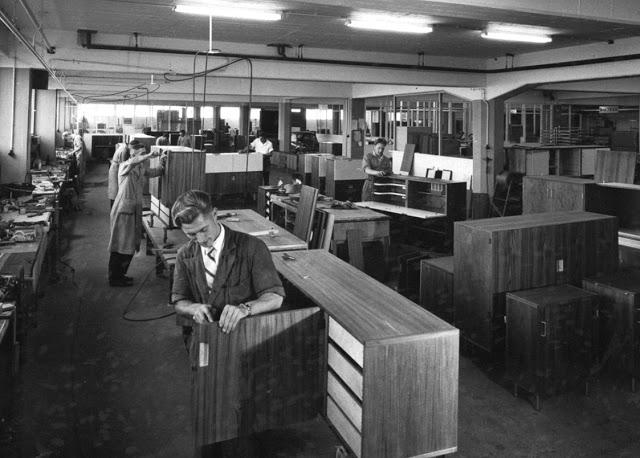 Pastoe-factory-c1950